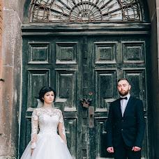 Wedding photographer Vanya Dorovskiy (photoid). Photo of 26.10.2017