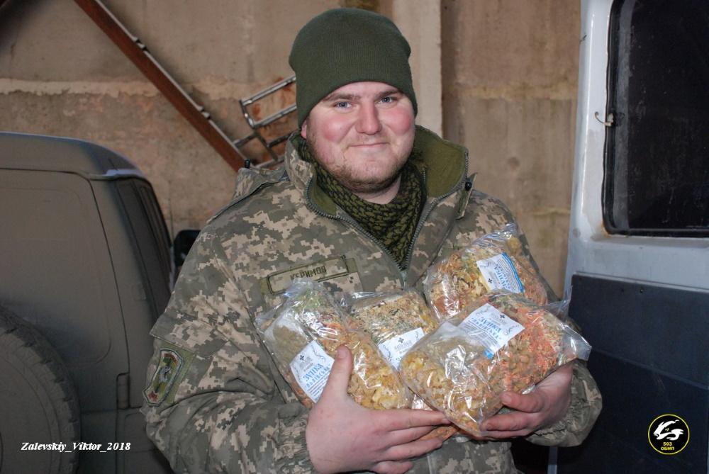 """""""Відстрілював би зрадників"""". Як воює, тримає рамазан та служить Україні кримський татарин Алім Керімов"""