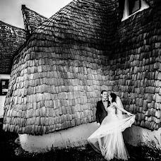Wedding photographer Laurentiu Nica (laurentiunica). Photo of 16.11.2017