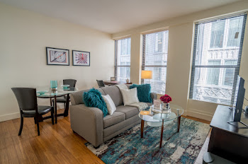 Downtown Crossing Apartment