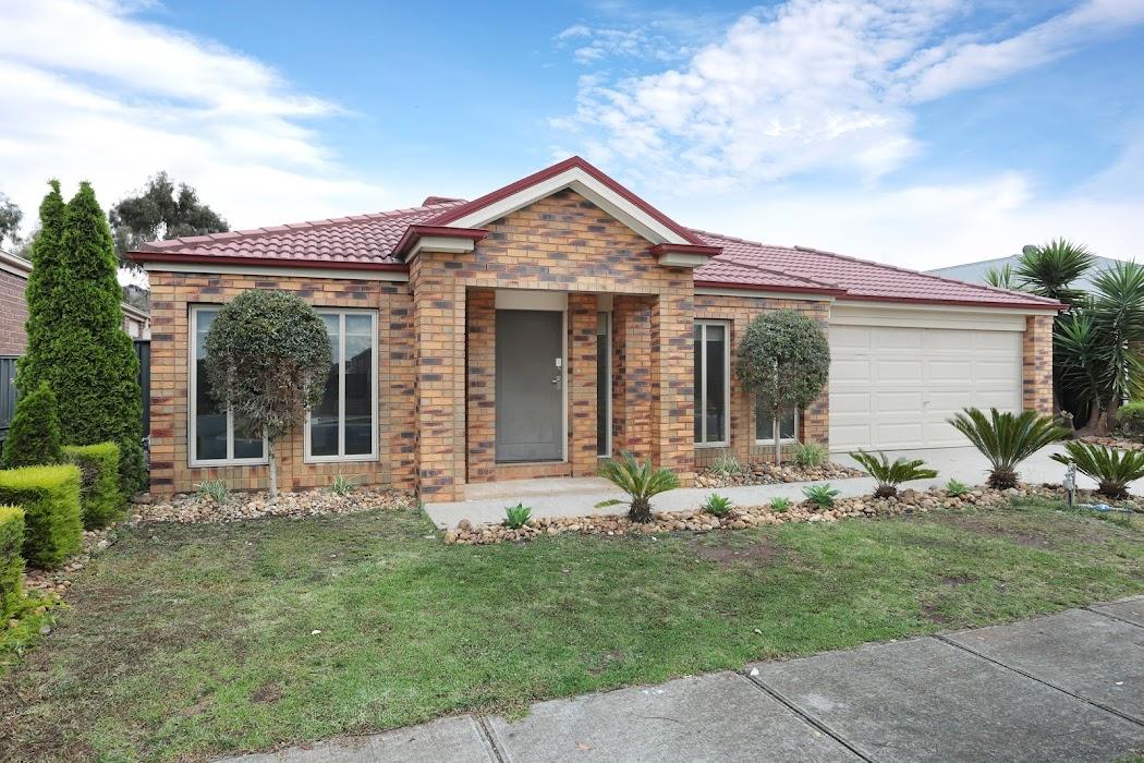 Main photo of property at 14 Clarafield Crescent, Tarneit 3029