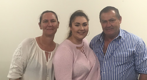 Auscott Scholarship winner Lorraine Robinson with her parents Emma-Kate and Mark Robinson following the announcement.