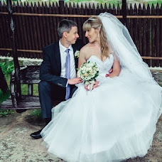 Wedding photographer Larisa Dovgalyuk (Lora-foto). Photo of 19.06.2014