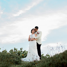 Wedding photographer Albertts Lozada (Albertts19). Photo of 10.04.2018