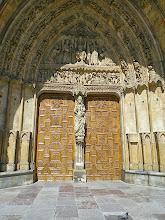 Photo: Cathédrale- Porte de la Vierge
