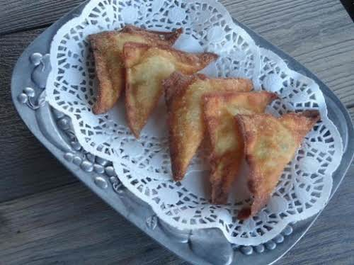 """Jalapeno-Bacon Wonton Poppers """"Adding bacon to the cream cheese mixture really steps..."""