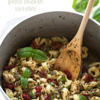 {One Pot} Pesto Chicken Tortellini