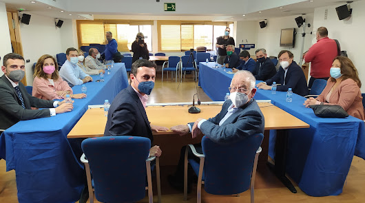 Día D en el PP de Almería: Javier Aureliano toma el poder