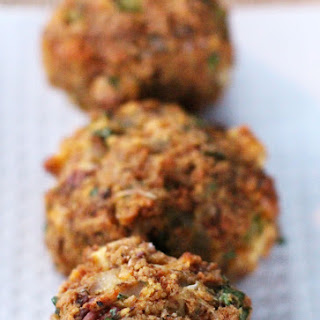 Lafe's Cornbread Stuffing Balls