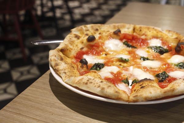 【食   Gino Pizza Napoletana】CAPUTO盃常勝軍!2019年世界冠軍就在這.正宗拿坡里披薩好吃