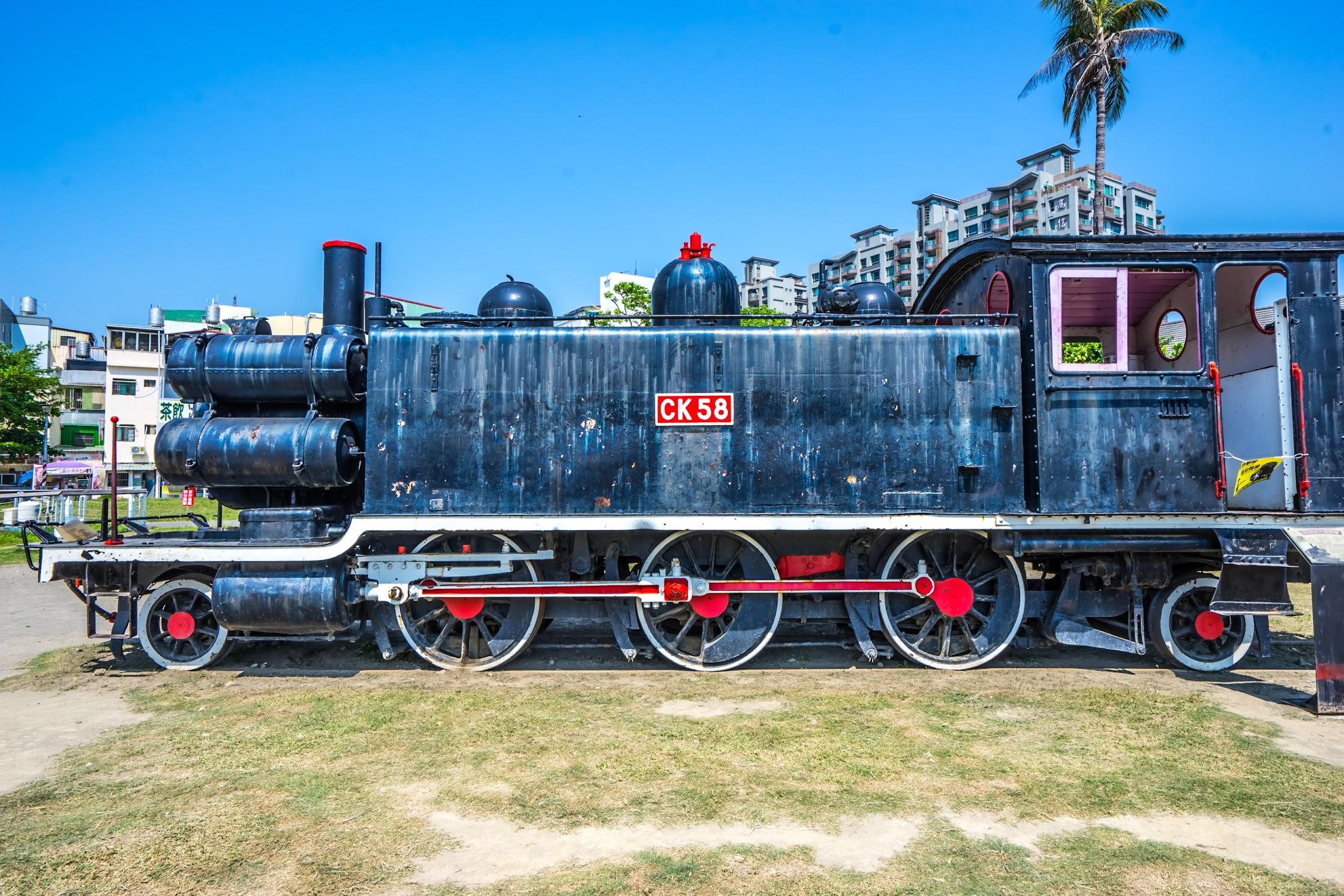 Kaohsiung Hamasen Railway Cultural Park8