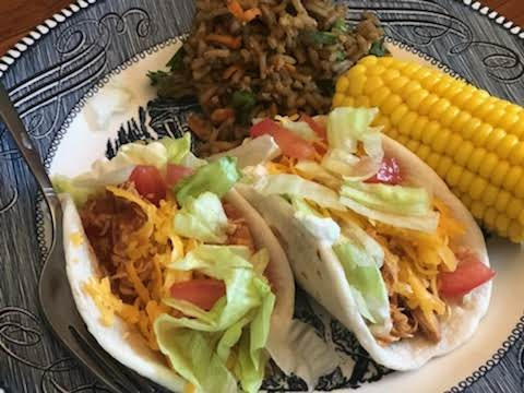 Simple Slow Cooker Chicken Tacos