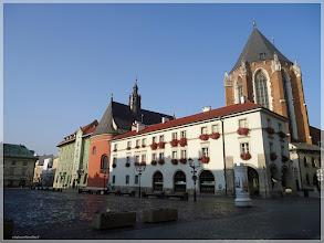 Photo: Pequeña plaza del mercado .Cracovia (Polonia) http://www.viajesenfamilia.it/CRACOVIA.htm