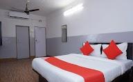 Oyo 36705 Laxmi Lodge New photo 5