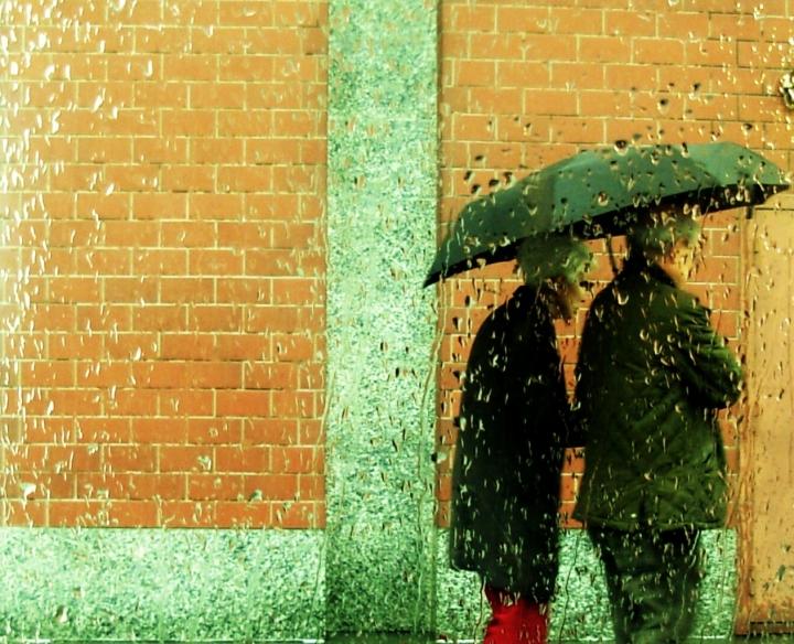 Pioggia della vita... di Abbraccio