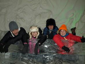 Photo: w lodowej wiosce i w jednym z pokoi hotelowych