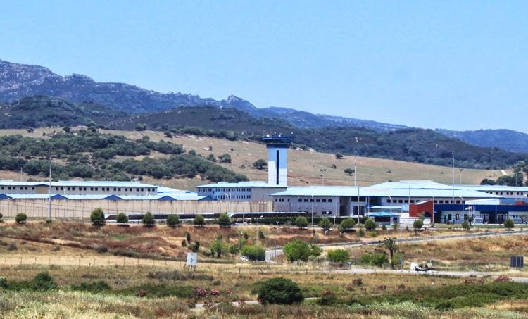 UGT denuncia la falta de facultativos en la prisión de Botafuegos