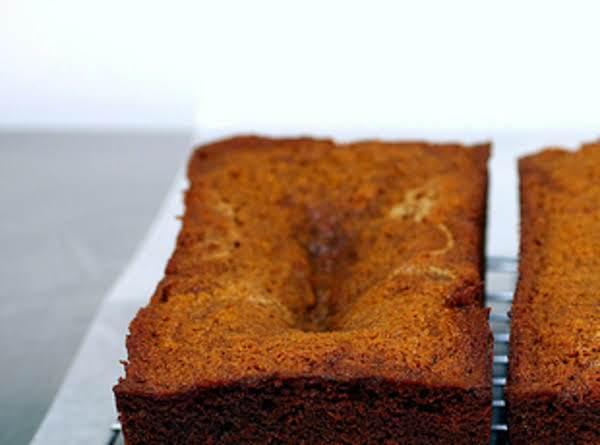 Majestic And Moist Honey Cake Recipe