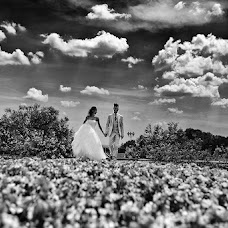 Wedding photographer Daniele Caponi (caponi). Photo of 18.07.2014