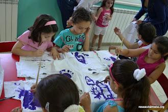 Photo: Les T-Shirts de l'école sont personnalisés