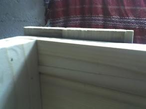Photo: Wysunięte o 10mm klepki tworzą zewnętrzny felc