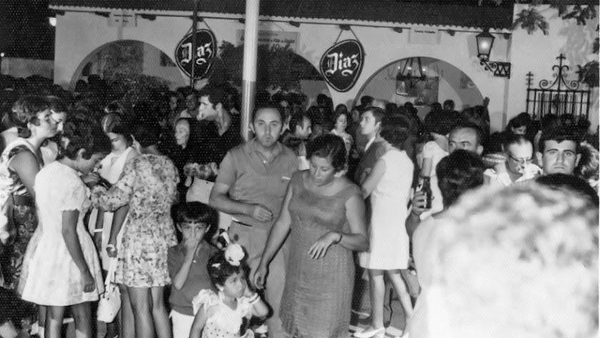 La Caseta de los Díaz  en el año 1973, cuando se montaba en el corazón del Parque Nuevo.
