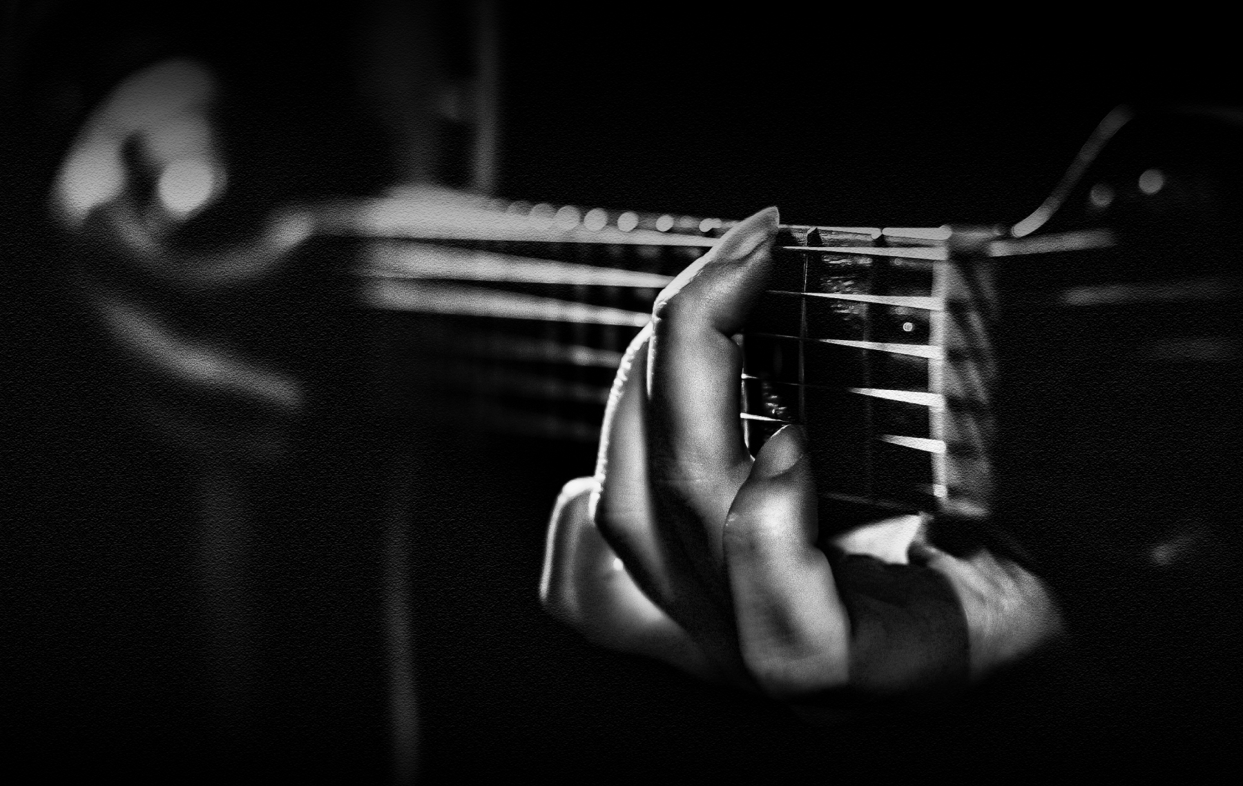 while my guitar gently weeps di Sil-M