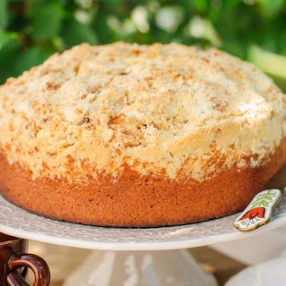 Smooth Cinnamon Brown Sugar Cream Cake