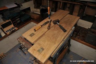 Photo: A l'intérieur, on continue les planchers de la cabine avant.