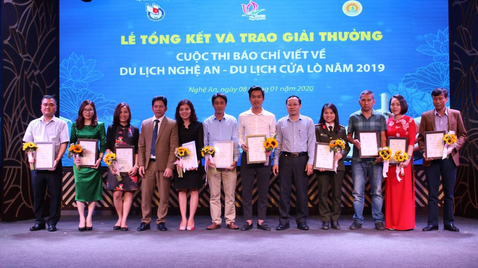 Báo Công an Nghệ An đạt 2 giải 3, 1 giải khuyến khích