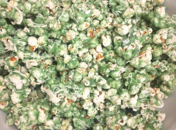 St. Patrick's Day Toffee Popcorn W/white Chocolate Recipe