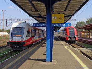 Photo: SA133-022 (Arriva), Toruń Wschodni - Ciechocinek, oraz EN76-049, Toruń Wschodni - Bydgoszcz Główna {Toruń Wschodni; 2014-09-20}