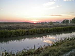 Photo: Etapa 15. Sortida del sol. Canal de Castilla