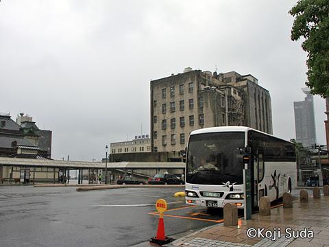 西鉄 4012 門司港駅にて_01
