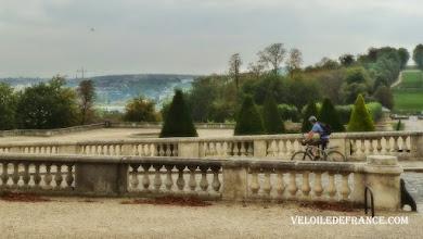 Photo: Parc de Saint-Cloud - E-guide balade à vélo de la Tour Eiffel à la forêt de Meudon par veloiledefrance.com  Saint-Cloud Park - Cycling guide in Paris from the Eiffel Tower to the Meudon forest