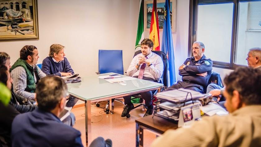 Reunión entre Ayuntamiento y las empresas que desarrollarán los primeros proyectos.