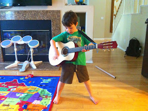 Photo: Clark's New Guitar