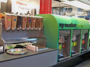 Photo: But if you are hankering for some dessert, there's always the Fro Yo bar.
