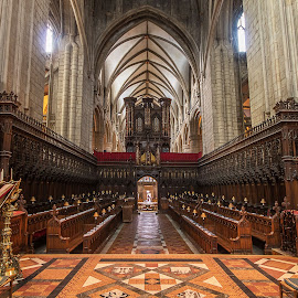 Gloucester Cathedral. by Simon Page - Buildings & Architecture Places of Worship