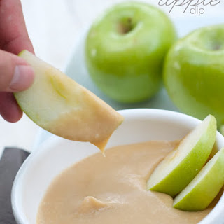 5 Minute Salted Caramel Apple Dip