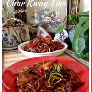 Singapore Stir Fry Flat Rice Noodles or Char Kway Tiao (炒粿条面)