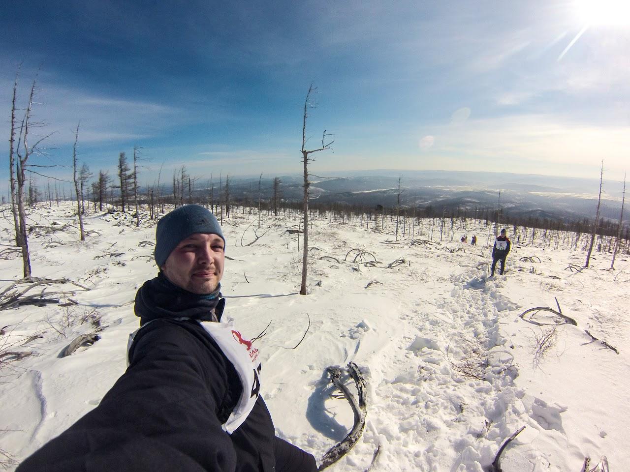 Алексей Забелин на спуске с вершины Саранакан