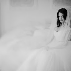 Wedding photographer Vladimir Mikhalenko (GhostlyTalamaur). Photo of 28.03.2014