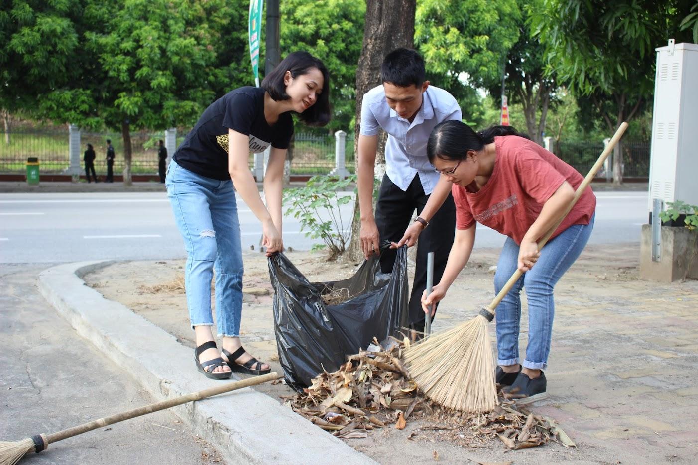 Dọn sạch rác bẩn, giữ đẹp nụ cười