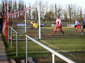 Photo: 25/02/06 v Alresford Town (Wessex League Division 2) 1-0 - contributed by Paul Roth