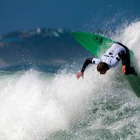 Backhand blast by Gavin Falck - Sports & Fitness Surfing ( watersport, surfing, surfer, outdoors, sea, sport, ocean )