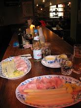 Photo: Dort schmeckt mein erster (und wohl auch einziger) Spargel des Jahres, mit Bozner Sauce.