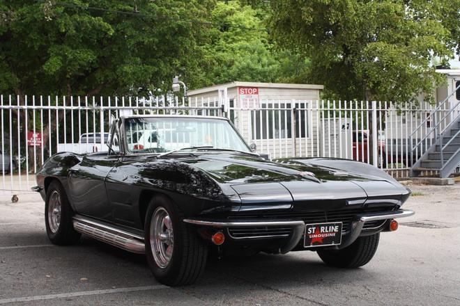 1963 Corvette Stingray Hire 2100 NW 42nd Ave