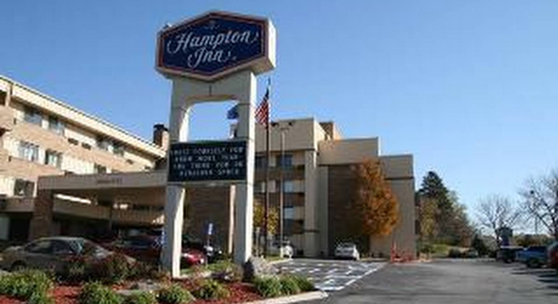 AmericInn Hotel & Suites Omaha