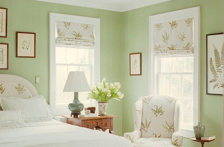 Phòng ngủ với tông màu xanh nhẹ mang lại cảm giác thư thái